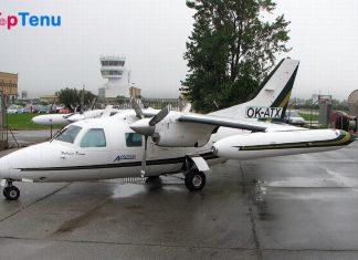 MU-2B aircraft