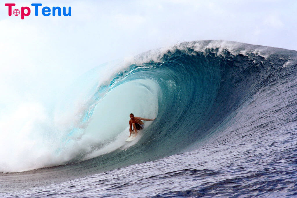 Biggest Waves on Earth, 11 Beaches with the Biggest Waves on Earth