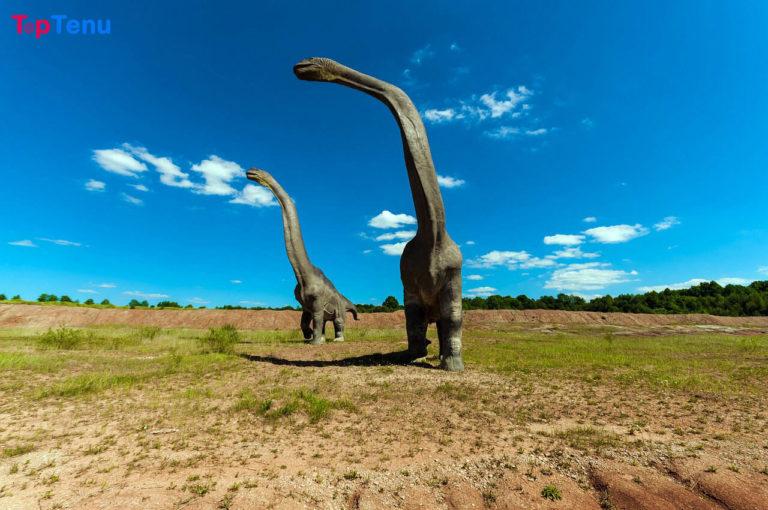 10 Craziest Theories about Dinosaur Extinction